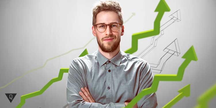 парень в очках и зеленые стрелки