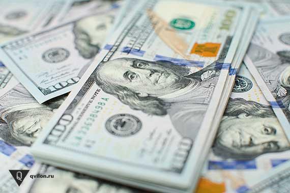 много сто долларовых банкнот