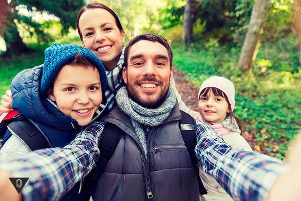 семья туристов