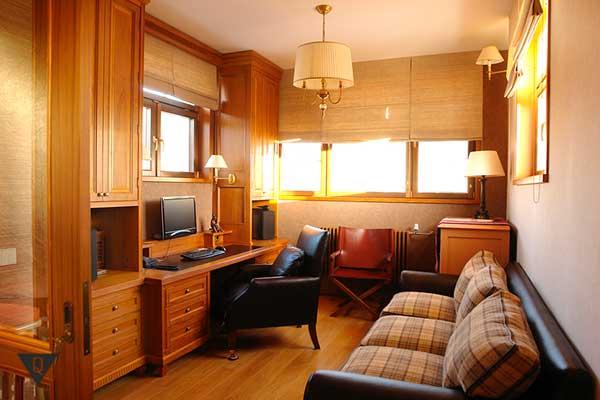 уютный офис дома