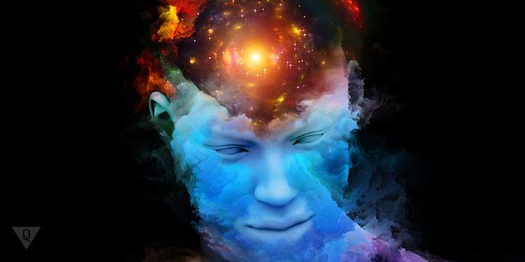Голова человека, будто космос в ней. Как символ того, что личность состоит из ид, эго и суперэго.