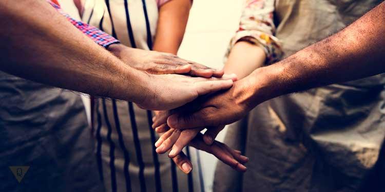 коллективное рукопожатие