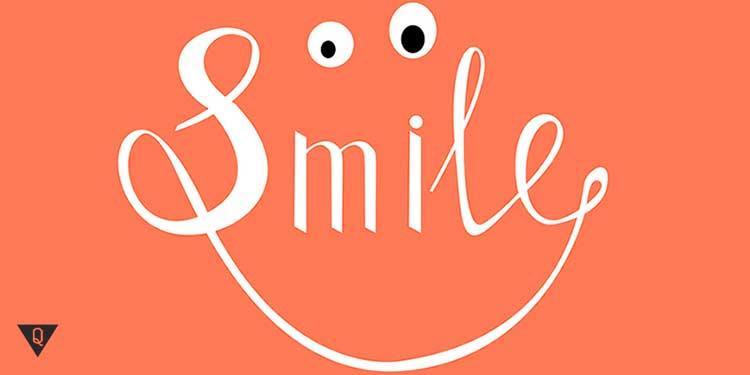 надпись в форме улыбки smile