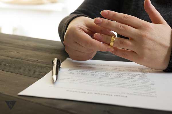 девушка разводится
