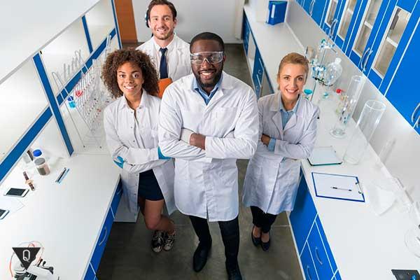 группа ученых