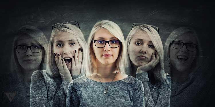 Девушка с разными эмоциями, как проявление расстройства личности