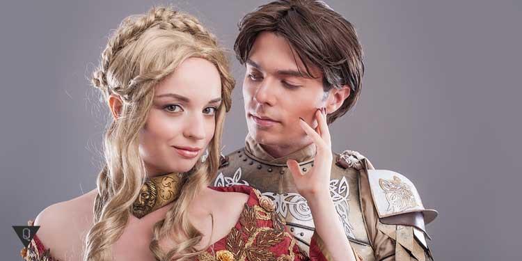 Парень и девушка аристократы