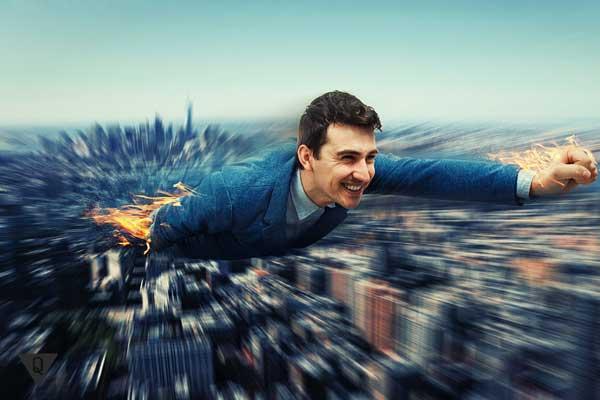 Мужчина летит, как символ быстрой работы