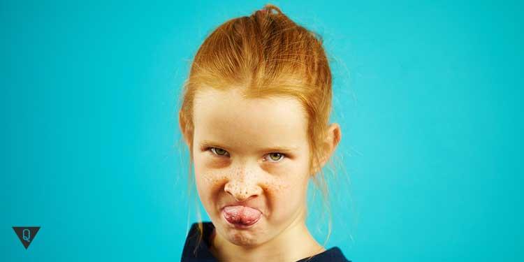 Девочка с агрессивным поведением