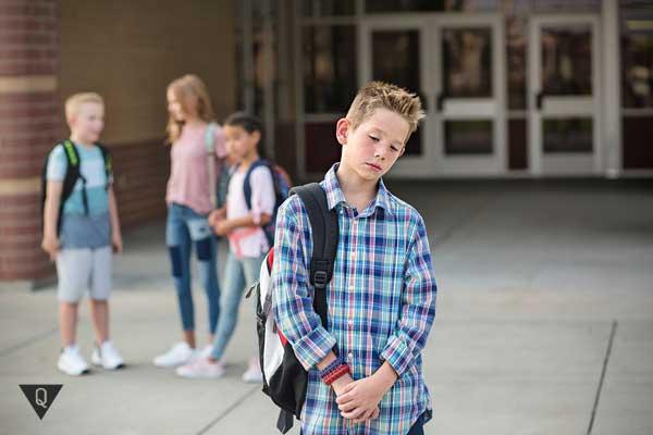 Мальчик не может подружиться с одноклассниками