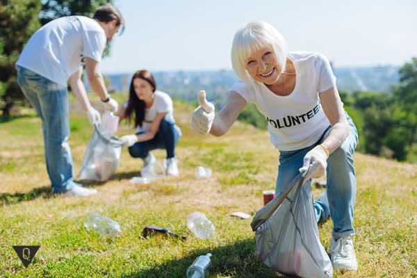 Счастливый волонтер