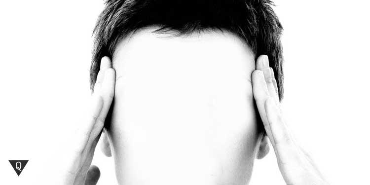 У человека без лица болит голова